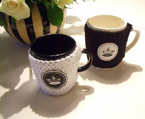 Ein Mitglied hat uns ein ganz herzliches Geschenk gemacht, über das wir uns sehr freuen. CUPPABOX Tassenwärmer! Seht mal her - gefällt das euch auch?
