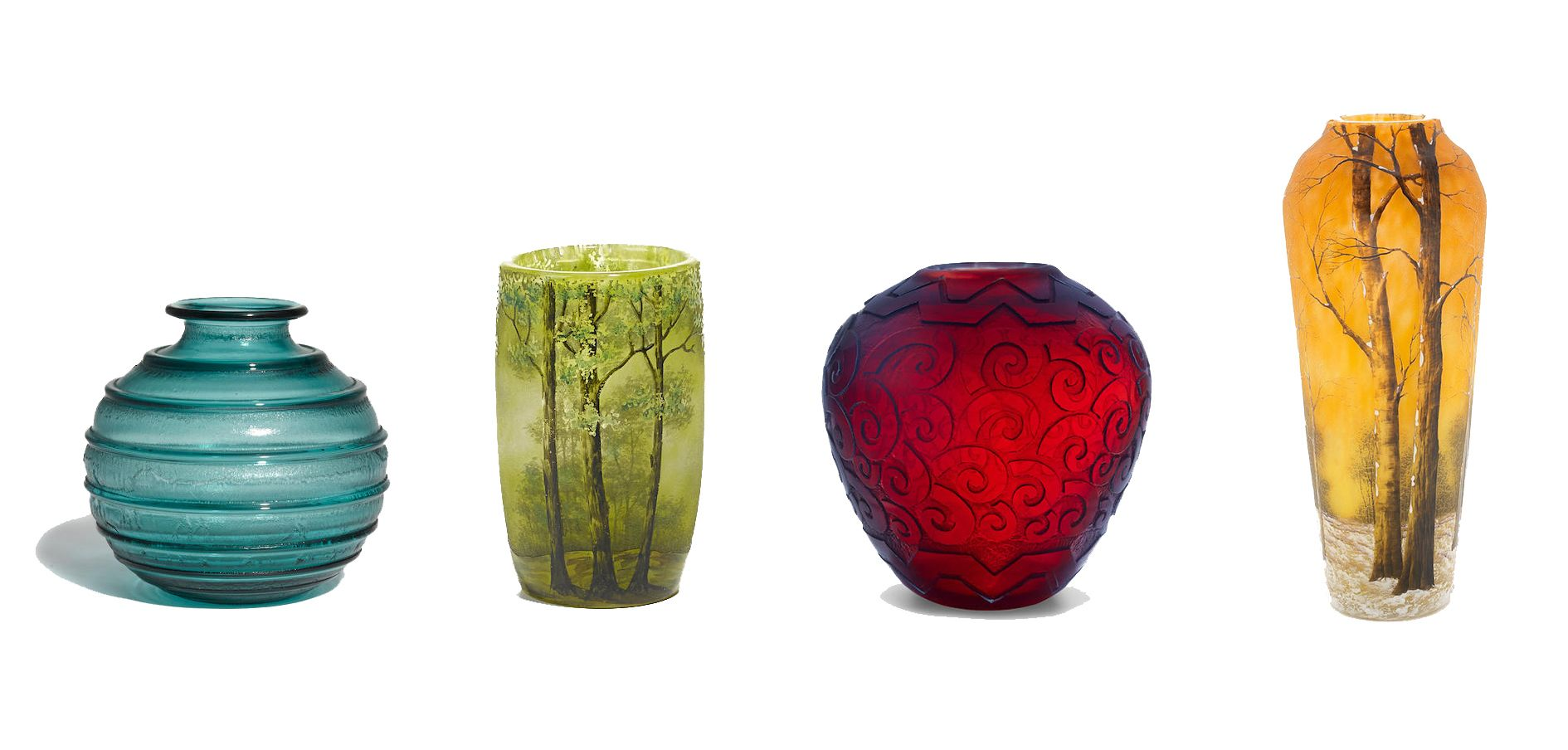A defining designer of the Art Nouveau era, Daum glass offers some of the most coveted art glass in the market, from cameo glass to pâte-de-verre pieces.