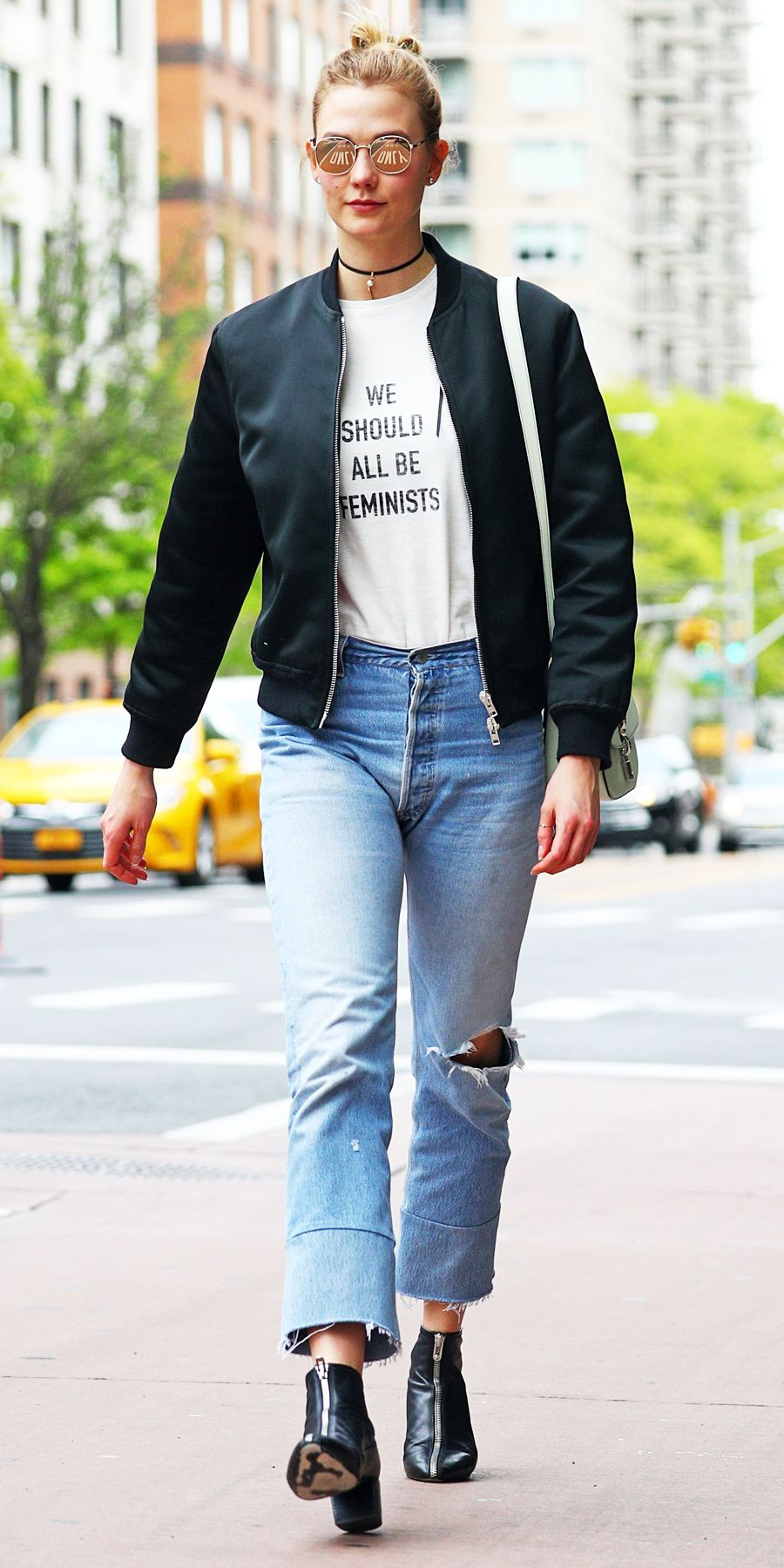 Karlie kloss casual style steps out in a chilly nyc new photo