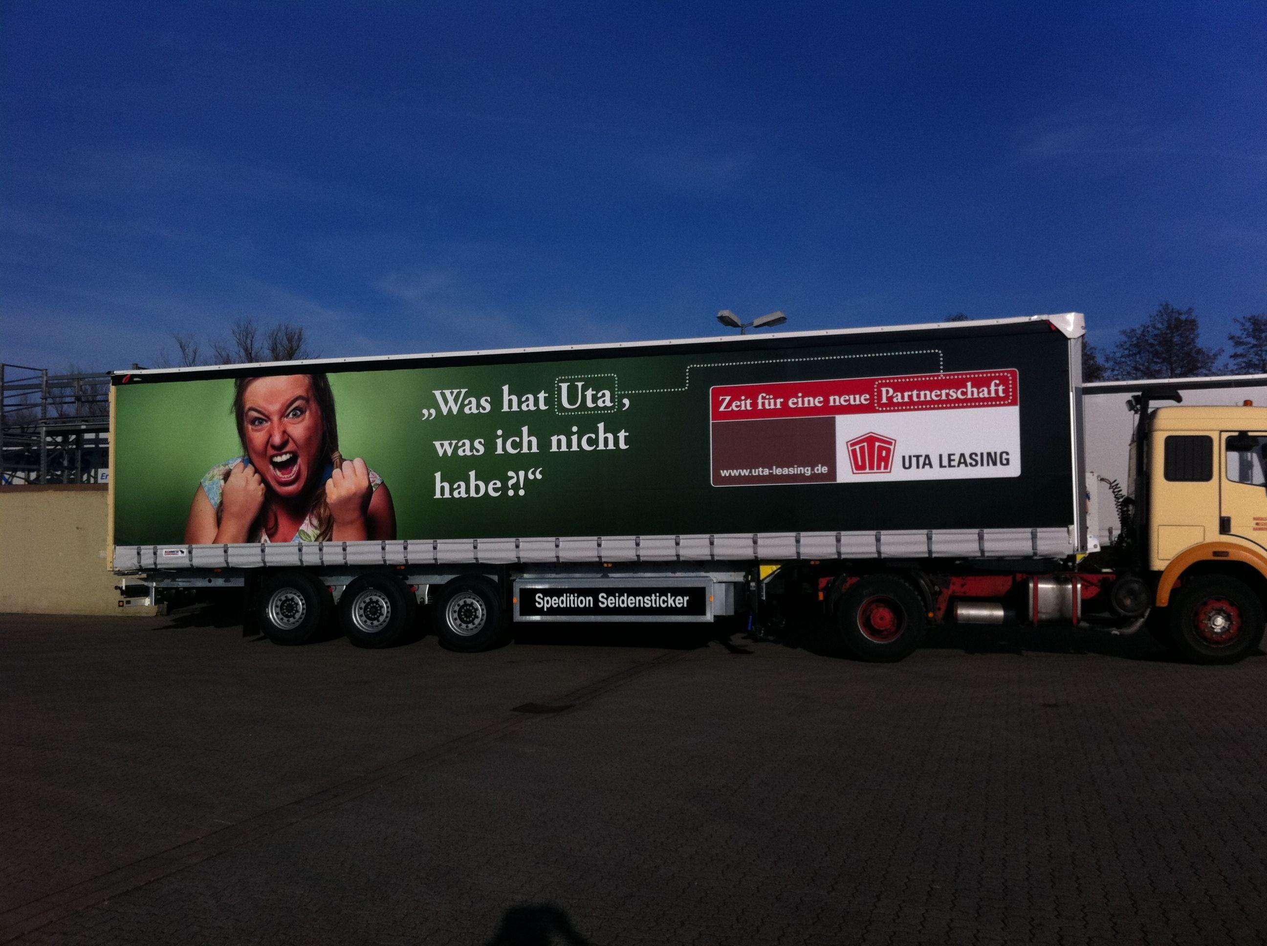 Lkw Beschriftung mit Folie für einen Kunden aus Hannover.