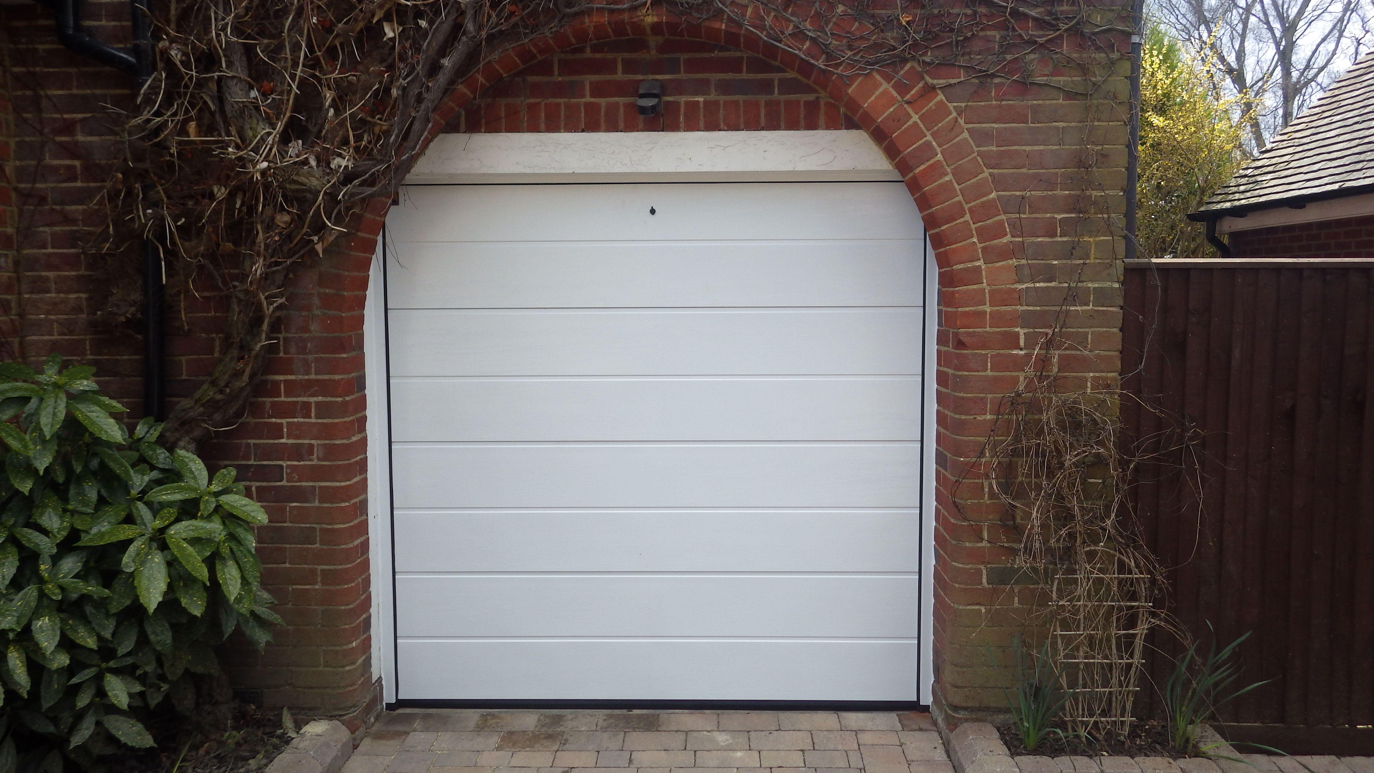 Hormann m ribbed sectional white woodgrain garage door hormann hormann m ribbed sectional white woodgrain garage door rubansaba
