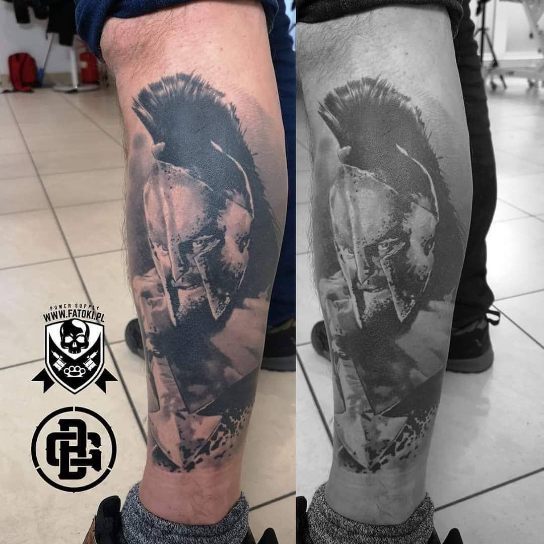 #skinart_mag #tattoo  #tattooist #supportgoodtattooers #support_good_tattooing #tattooart  #kędzierzynkoźle  #tattoodo #skinartmag #skindeepmagazine #easytattoo_uk #united_ink #unitedink #tattootopideas #silverbackink  #ktosieniedziaratenfujara  #tatuaż  #tattoo_artists  #tattooartists  #armtattoo  #supertattoos1 #healedtattoo #300 #leonidas #blackandgraytattoo