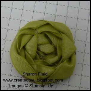 a different way to make ribbon roses...idiot proof lol!