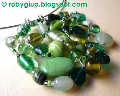 RobyGiup Handmade: Collana con pendente in pietre di vetro verdi - Necklace with pendant in green glass stones