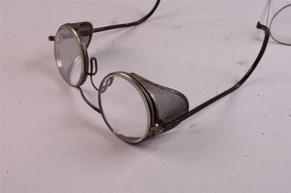 Msa steampunk wire safety eyeglasses with side shield