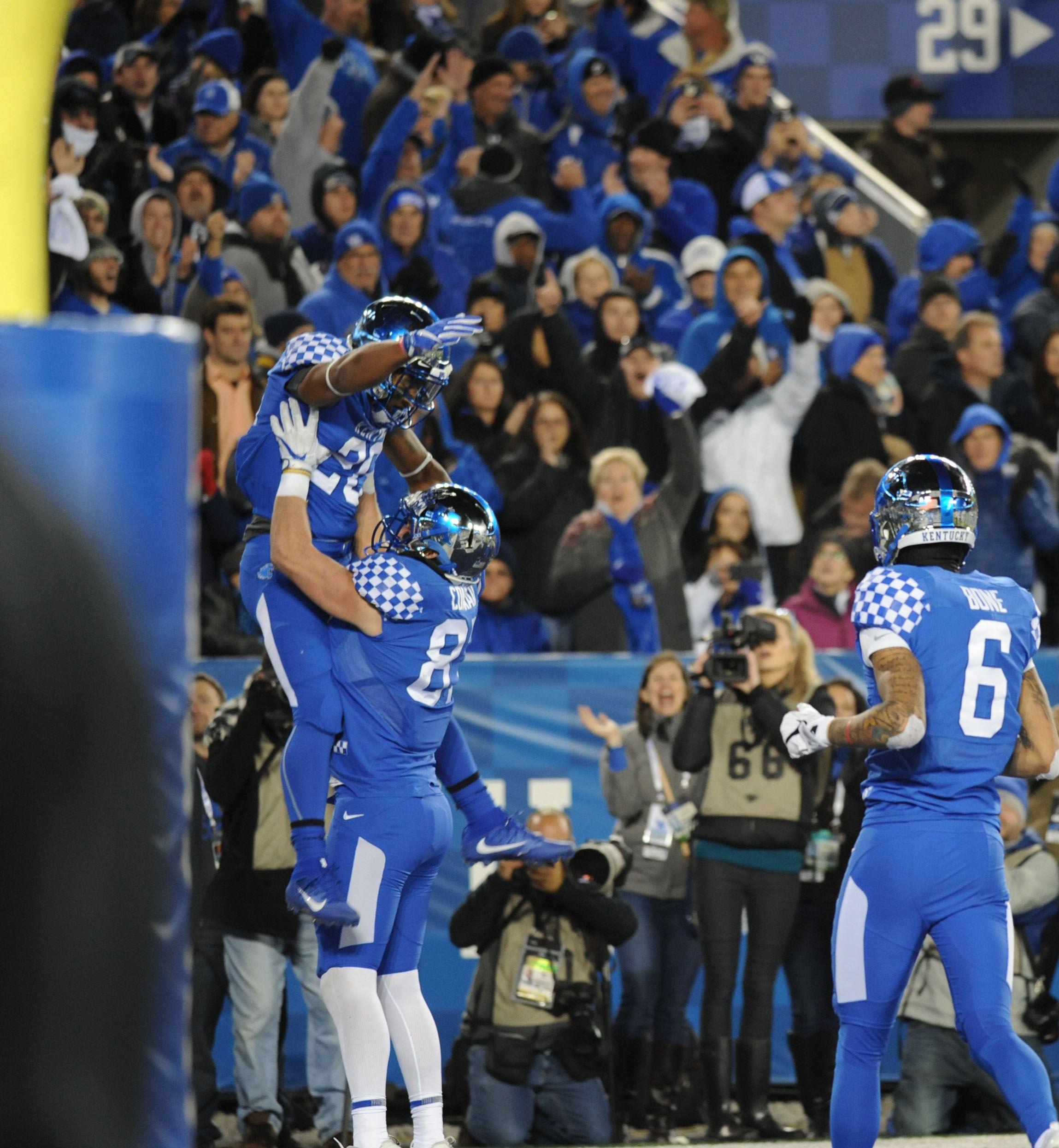 Kentucky vs Tennessee Photo Gallery Vaughts Views