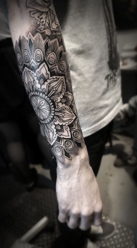 pin by luo yu on tattoo pinterest tattoos mandala tattoo and sleeve tattoos. Black Bedroom Furniture Sets. Home Design Ideas