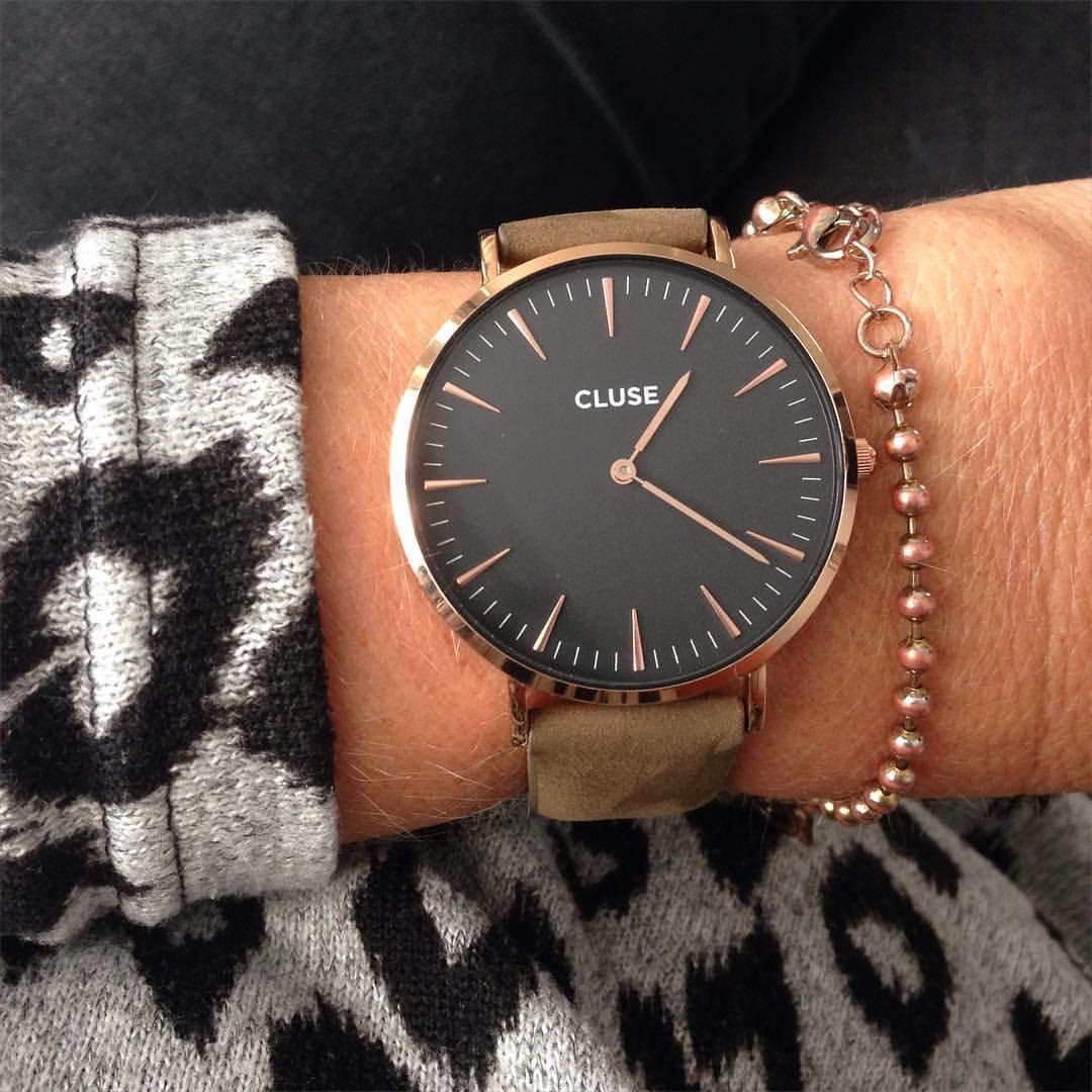 In met m'n nieuwe #cluse horloge die ik won met de giveaway van @xcuseme.nl ! Thanxxx Nadine , hij is prachtig !!! #clusewatches #giveaway #inlove