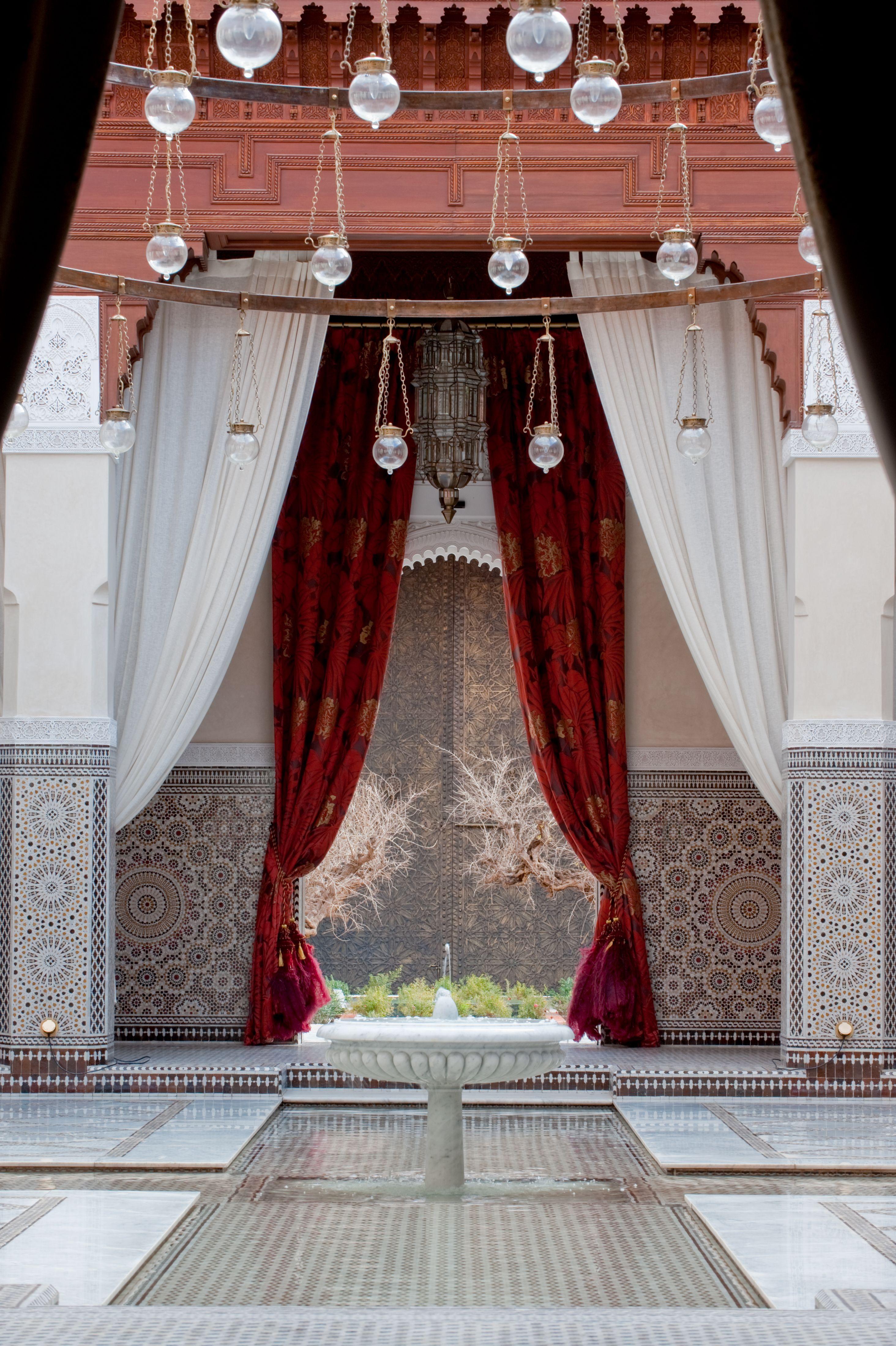 Royal Living Room Design: Interior Design Living Room, Design