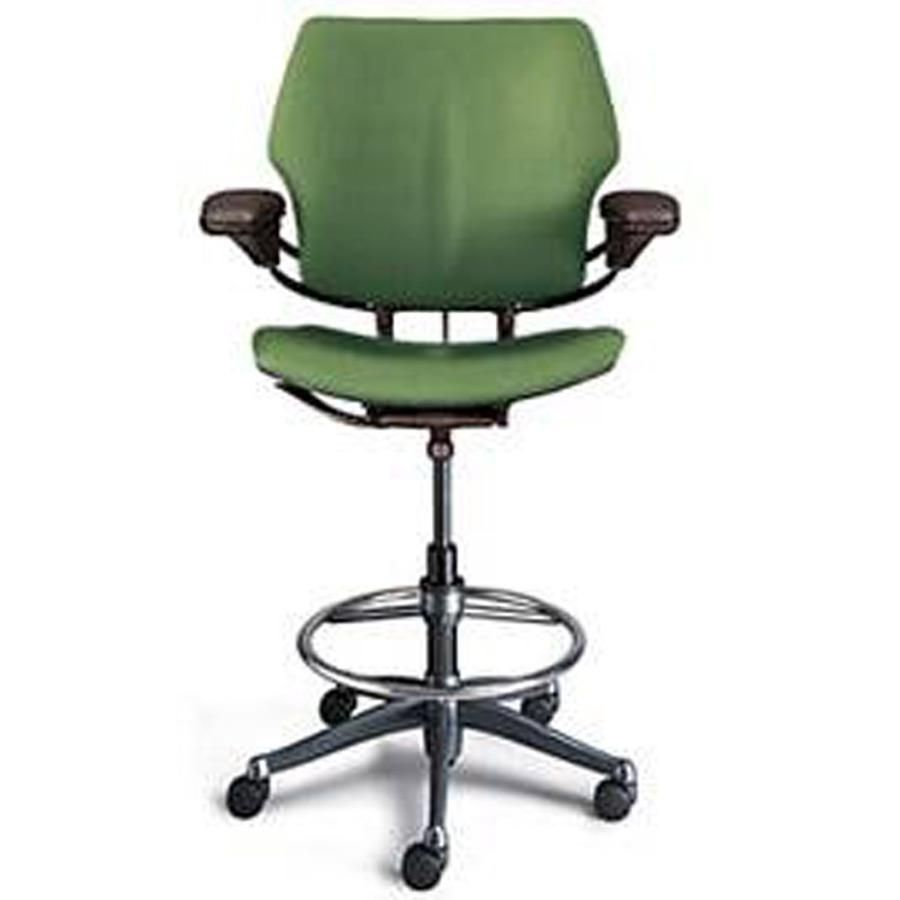 The Humanscale Freedom Drafting Lab Chair Is Designed To Give The Maximum Ergonomic Benefit To The Sitter With A Minimum Chair Ergonomic Chair Drafting Chair
