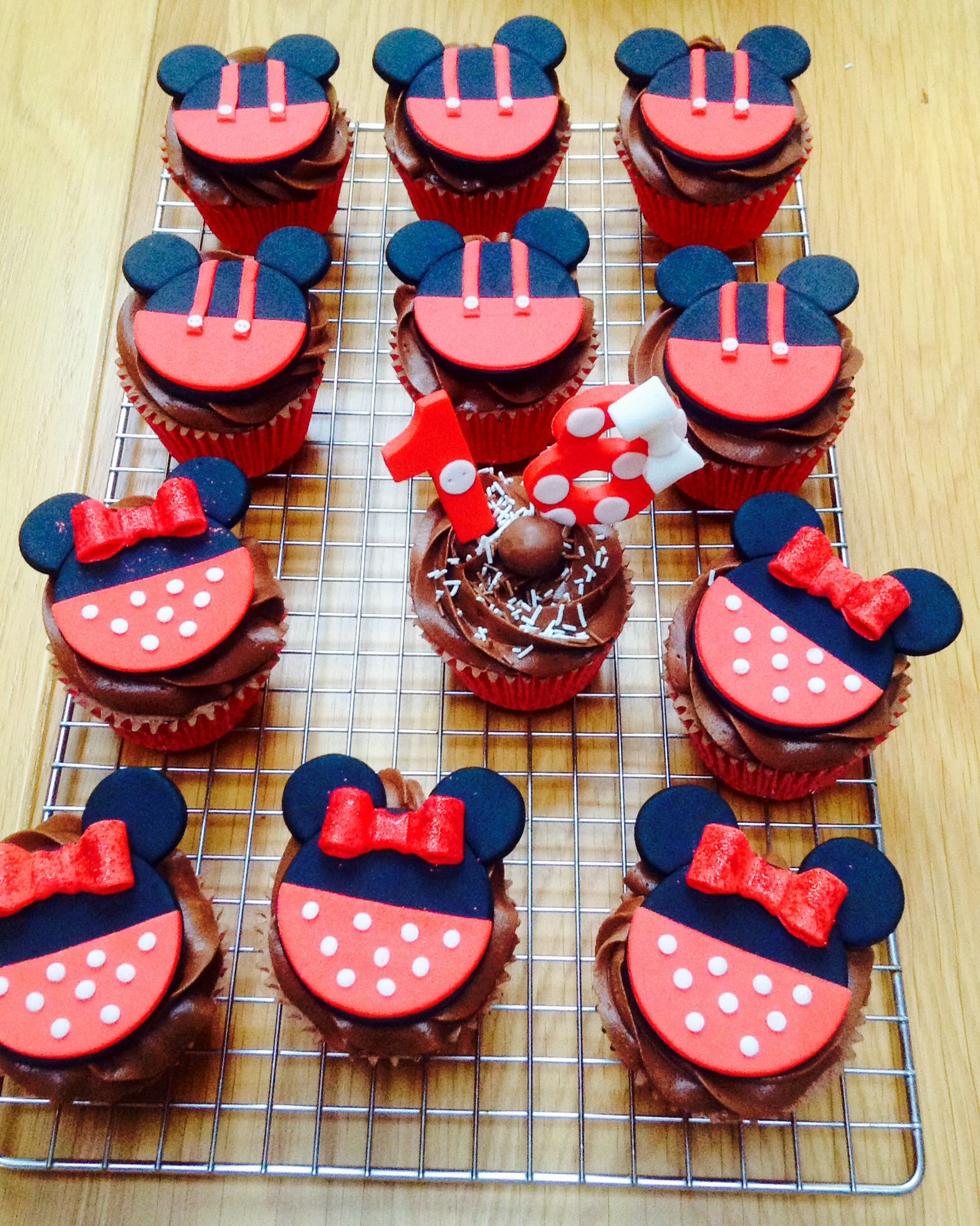 Micky mouse cupcakes!
