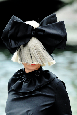 Siafurlersource Sia Arriving At Her Miu Womens Tales Talk During The Venice Film Festival Sept
