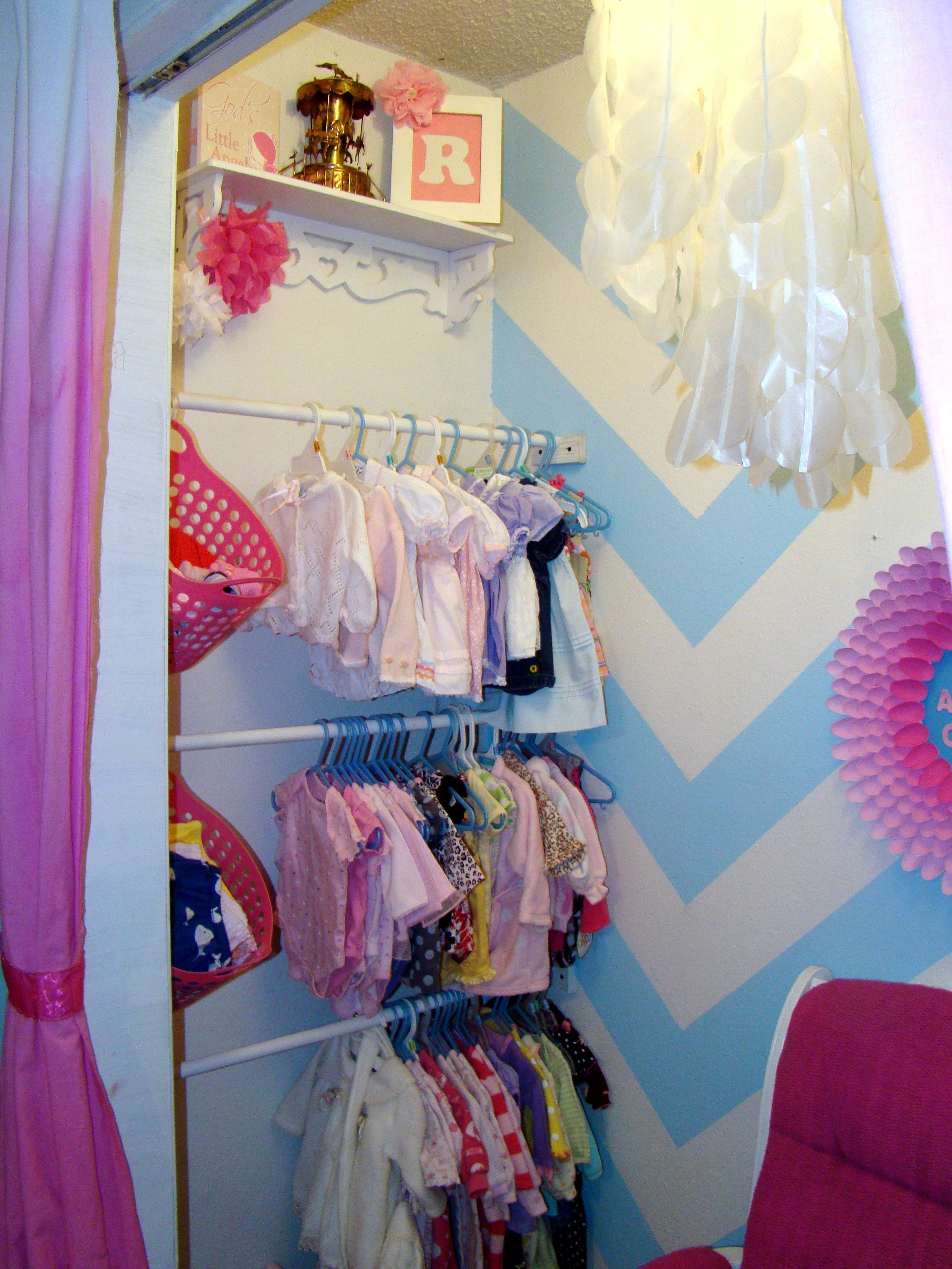 diy toddler girl bedroom | diy nursery closet-- this would soooo