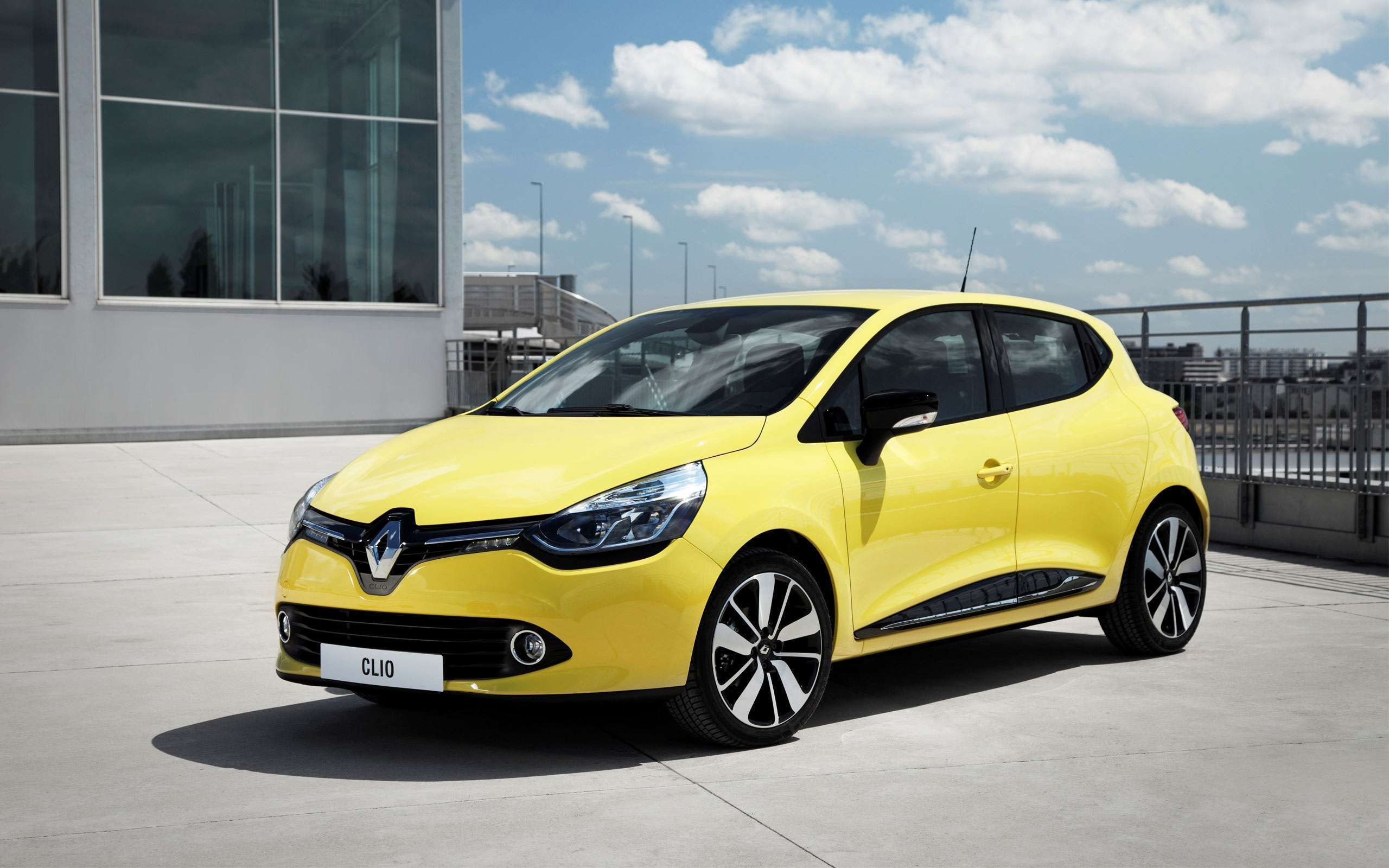 Click here to download in hd format 2013 renault clio 2 hd wallpapers https www hdcarwallpapers in wallpaper 2013 renault clio 2 hd w pinteres