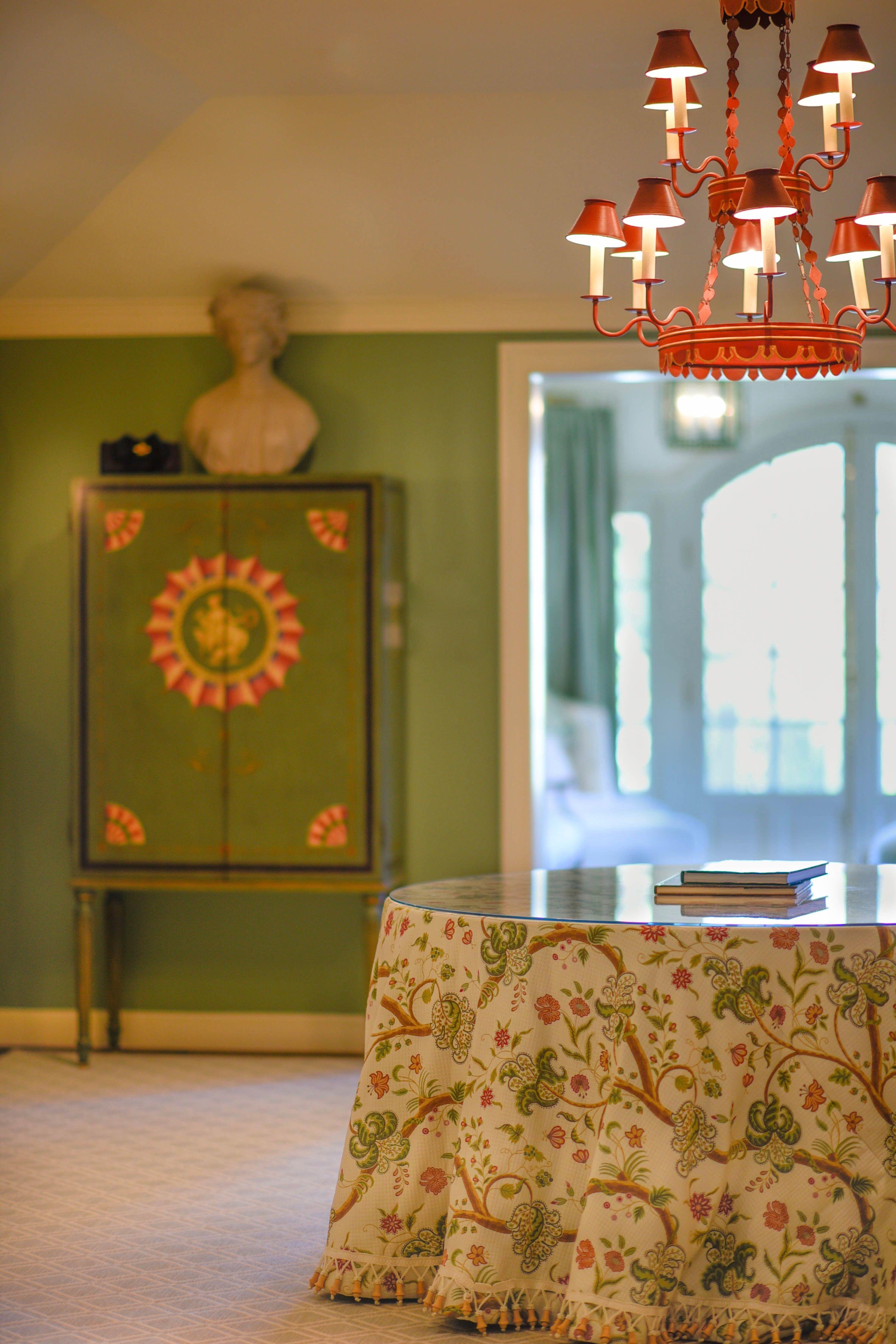 Master bedroom ante room Cabinet johnrosselli