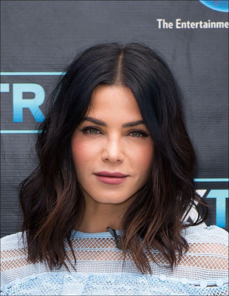 20 Popular Wavy Medium Hairstyles | Hairstyles & Haircuts ...  |Shoulder Length Hairstyles Dark