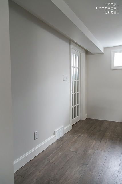Cozy cottage cute quick step reclaime mocha oak floors - Satin paint on walls ...