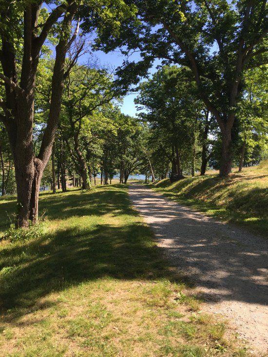 Travel | Massachusetts | Destinations | Park | World's End | Hingham | Trail | Coastal | Nature