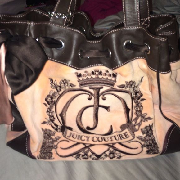"Juicy Couture Velour with Printed Fabric lining and magnet closure. 9"" shoulder drop; 11"" high; 15.5""  Product Dimensions: 15.4 x 11.4 x 6.6 inches Juicy Couture Bags Shoulder Bags"
