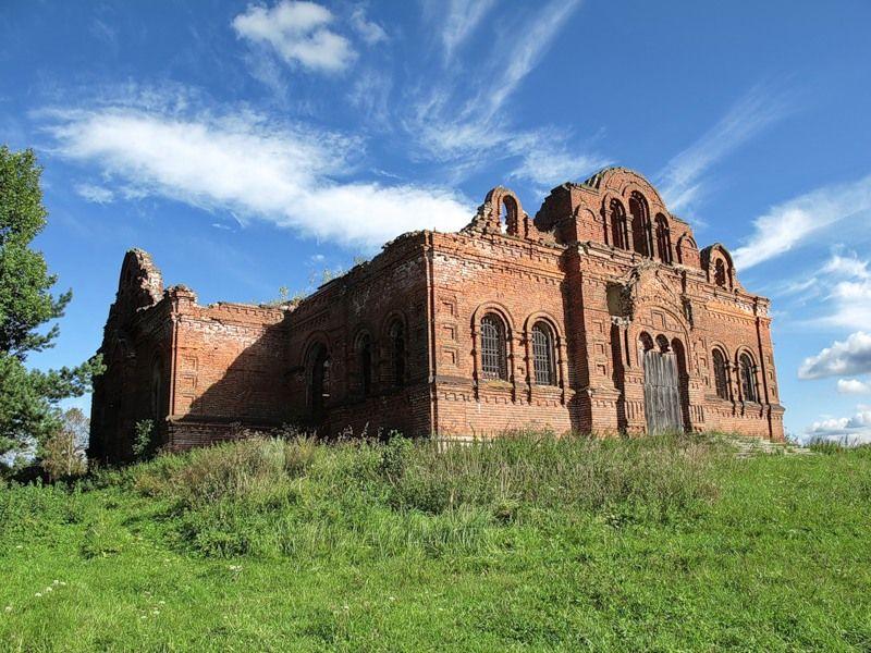 God-forsaken: Abandoned churches and cathedrals of Russia - 36 / Kazan Church, 1905. The village of Kasplya, Smolensk Oblast