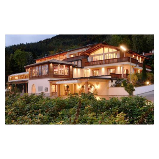 Informationen Zum Hotel Villa Am See In Tegernsee Als Hochzeitslocation Fur Ihre Hochzeit In Munchen Und Umgebung Hochzeitslocation Villa Munchen Und Umgebung