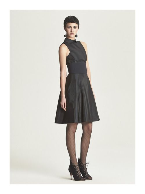 http://www.fashionsnap.com/collection/armani/emporio/2014-15aw-pre/gallery/index15.php