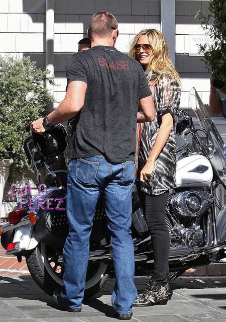 Heidi Klum & Her Bodyguard Boyfriend Go For A Beach Joy ...