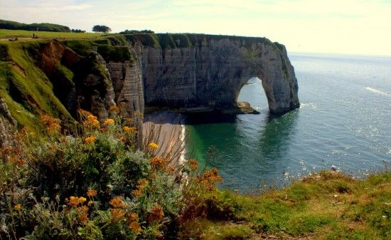 The gorgeous Normandy cliffs in Étretat