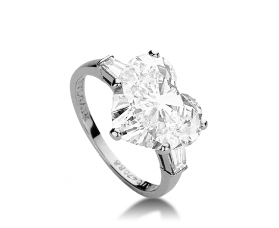 ring bvlgari griffe ring with heart diamond center solitaire diamond ringsbridal