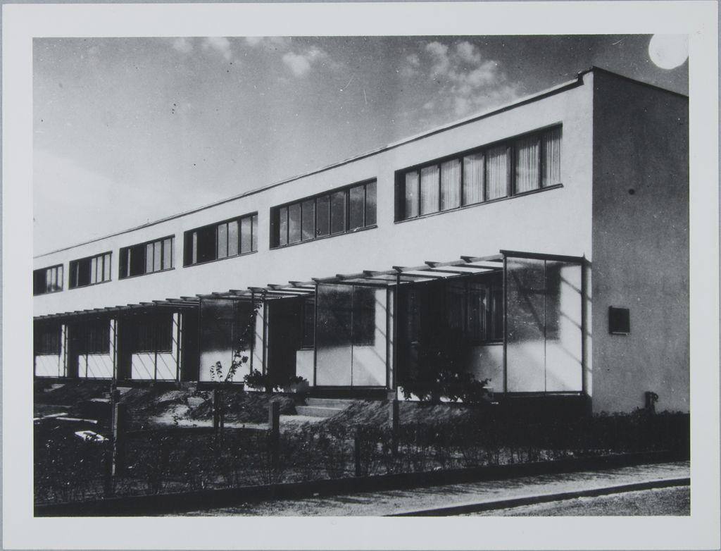 1927 1929 housing development karlsruhe dammerstock walter gropius german modernism. Black Bedroom Furniture Sets. Home Design Ideas