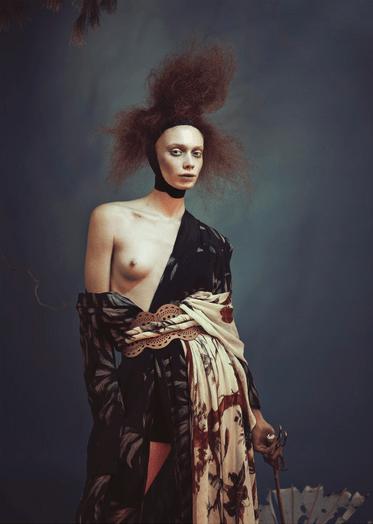 "Editoriales de moda: ""Geiko"" por Nicolas Guérin | en Inspireme.cl                                                                                                                                                                                 Más"