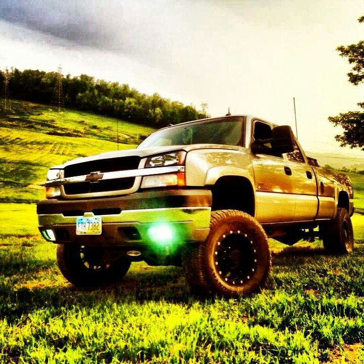 Pin On Lifted Trucks