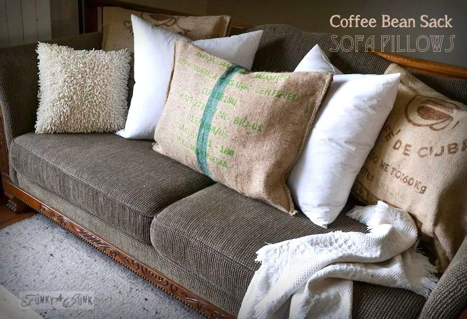 The 25+ best Sofa pillows ideas on Pinterest Accent pillows, Couch pillow arrangement and ...