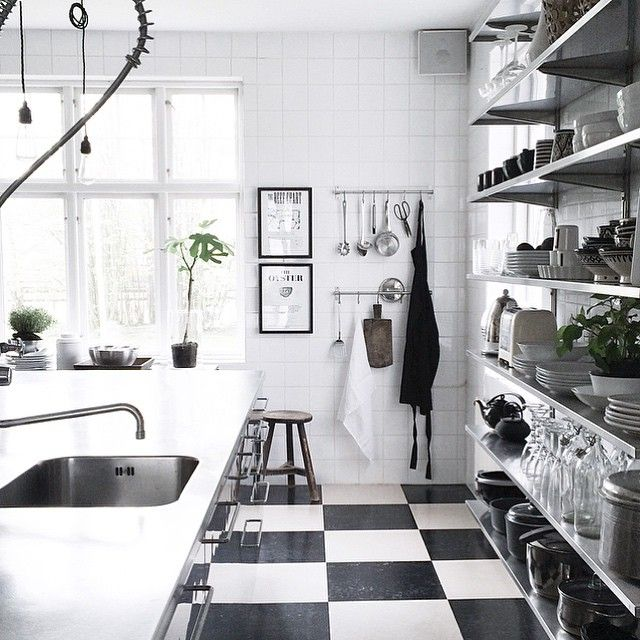 @bohemdeluxe amazing kitchen!