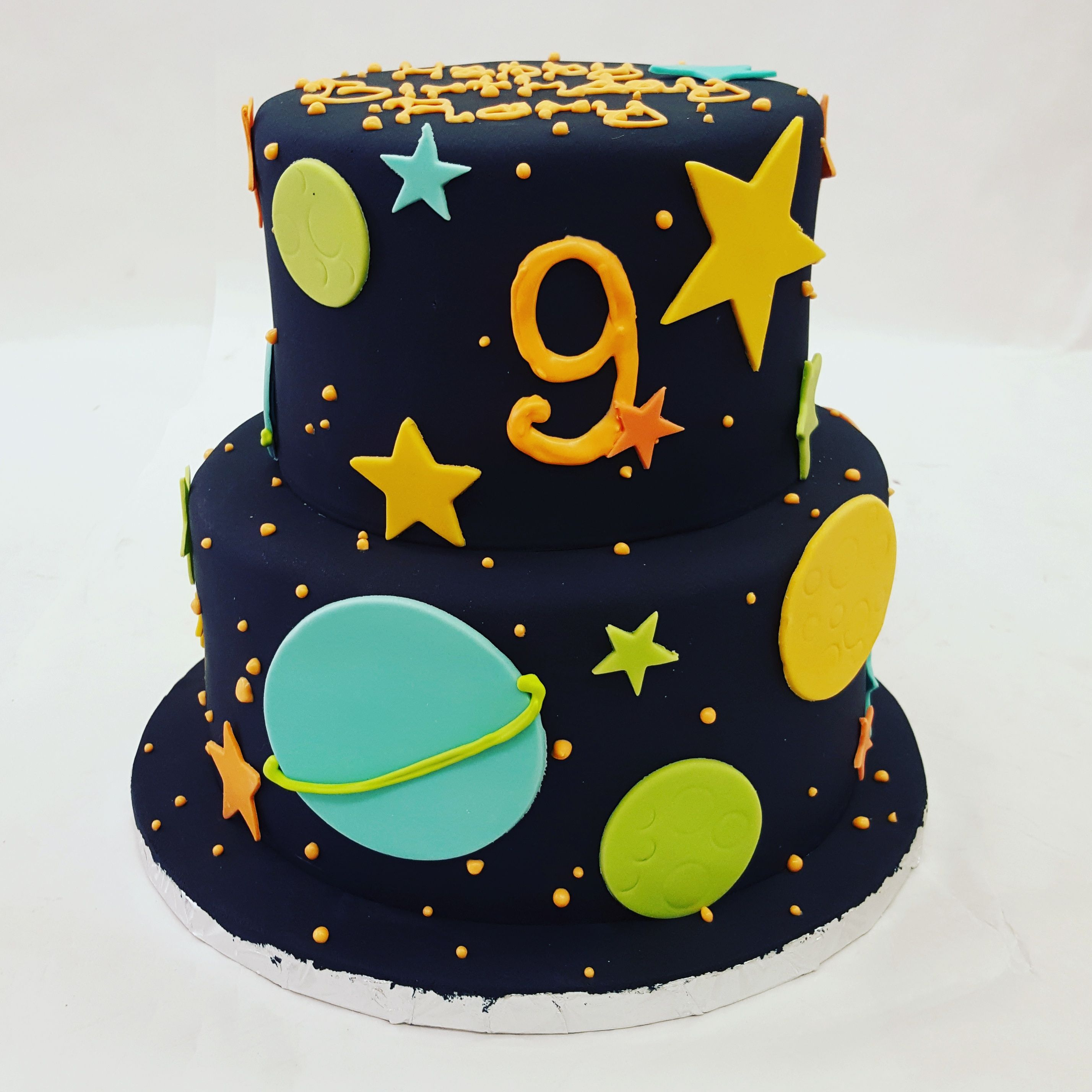 Peachy An Outer Space Glow In The Dark Themed Cake With Images Glow Funny Birthday Cards Online Sheoxdamsfinfo