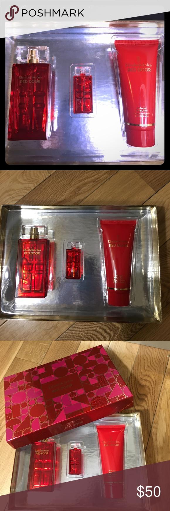 Elizabeth Arden Red Door Perfume Set 50 Brand New In Beautiful Red