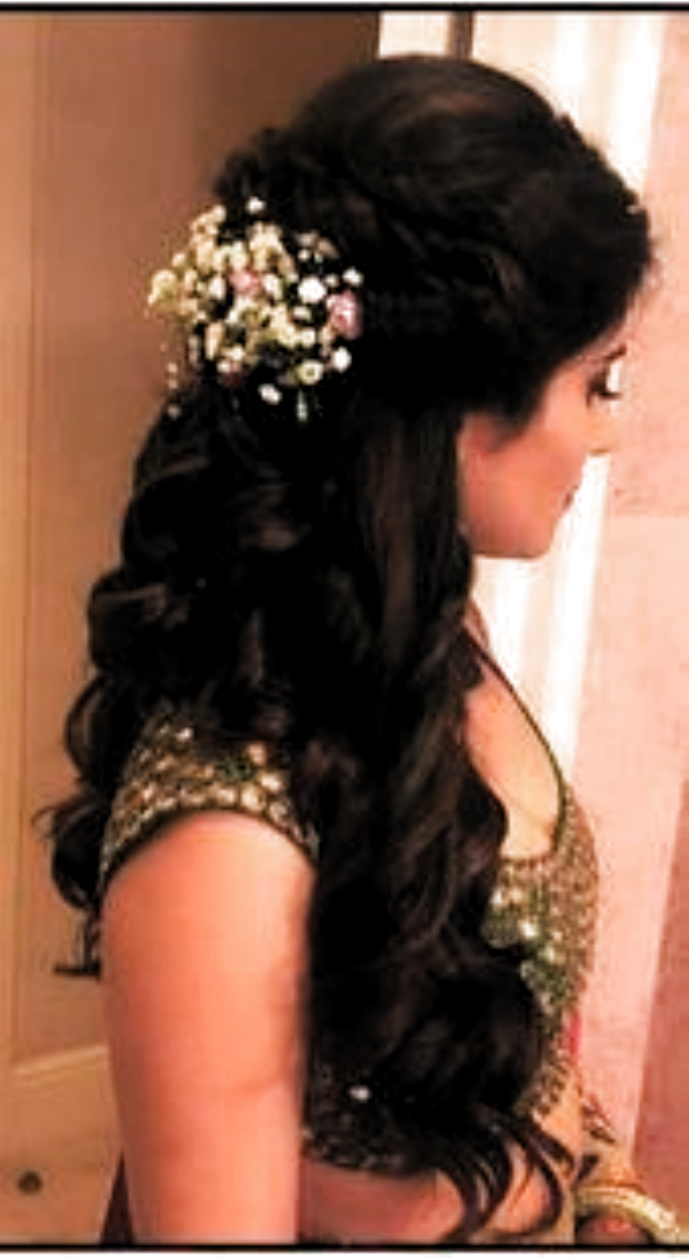 Hairstyles Indian Wedding Hairstyles Indian Hairstyles Hairstyles Indian Wedding Hairstyles In 2020 Indian Wedding Hairstyles Indian Hairstyles Hair Styles