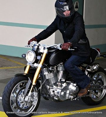brad pitt 39 s motorcycle collection grease n gasoline bikes i love pinterest brad pitt. Black Bedroom Furniture Sets. Home Design Ideas