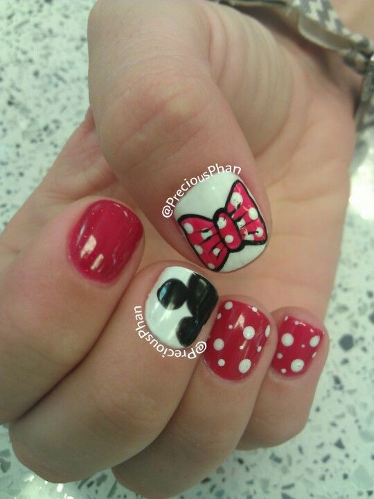 Bow, mickey and Minnie mouse nails | Precious Phan♥ | Pinterest ...