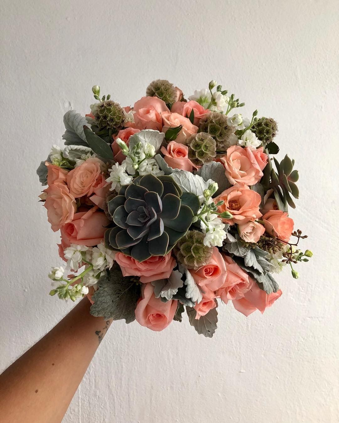 Cbr617 Weddings At The Beach Luxury Bridal Bouquet Coral Roses