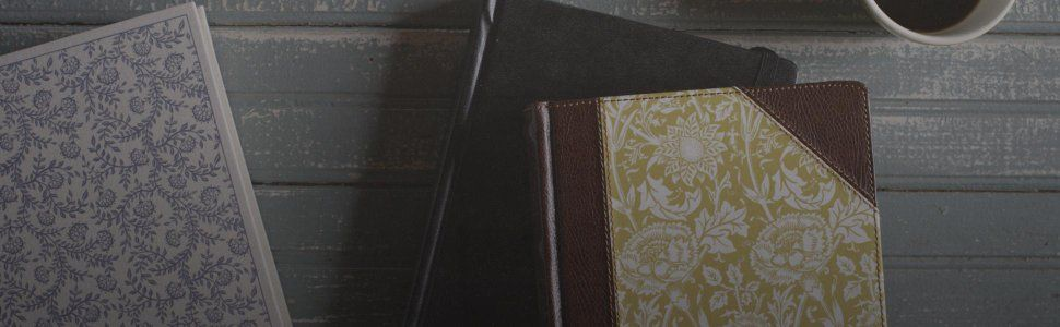 ESV Journaling Bible (Cloth over Board, Flowers): Amazon ca