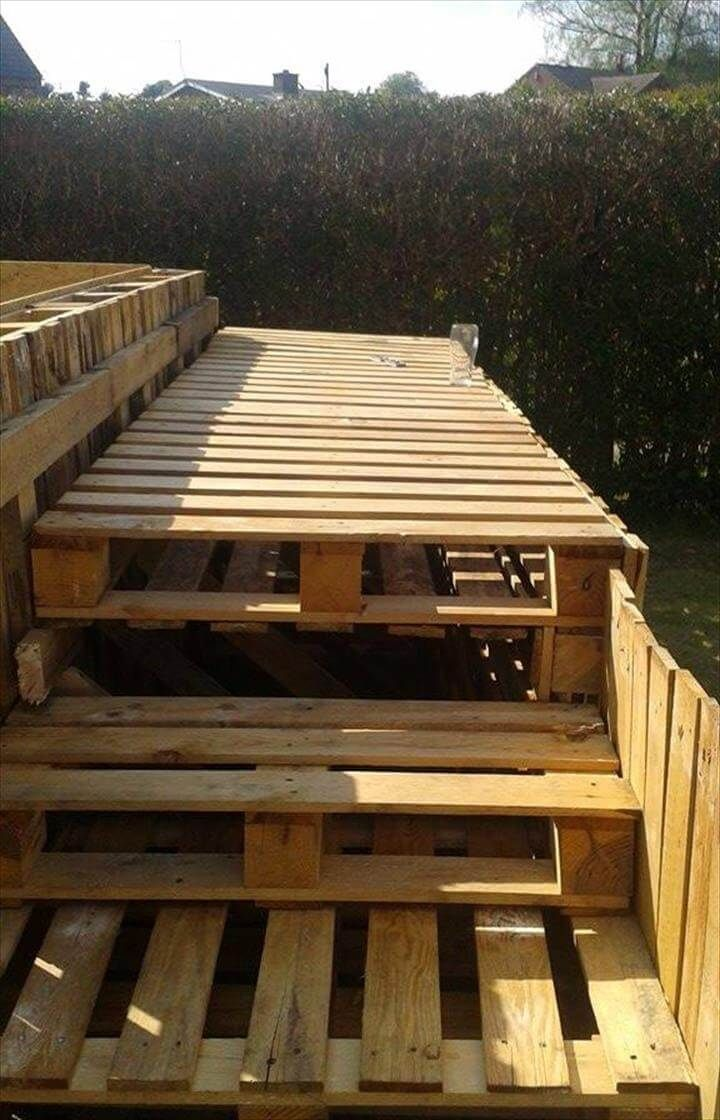 Build a Swimming Pool Out Of 40 Pallets is part of garden Pool Easy - We are here with this pallet swimming pool project out of 40 Pallets to share with you that will all help you to have your own garden or backyard swimming pool