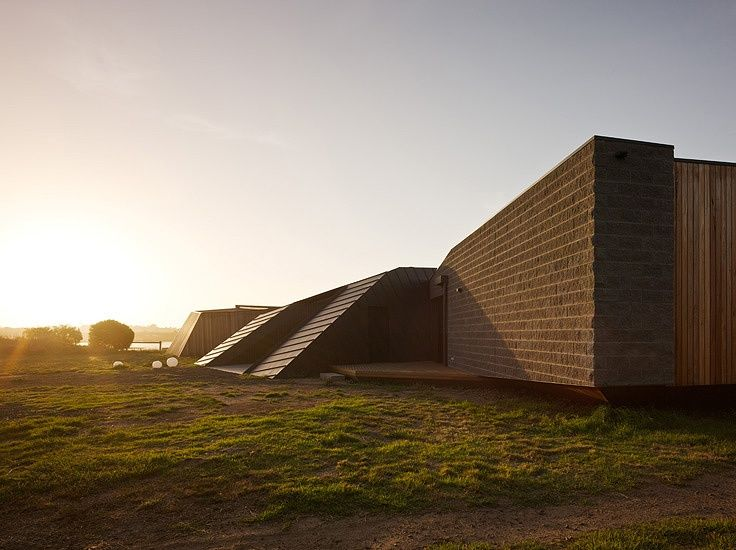 BKK Designs Beached House Embedded into Terrain - Archute