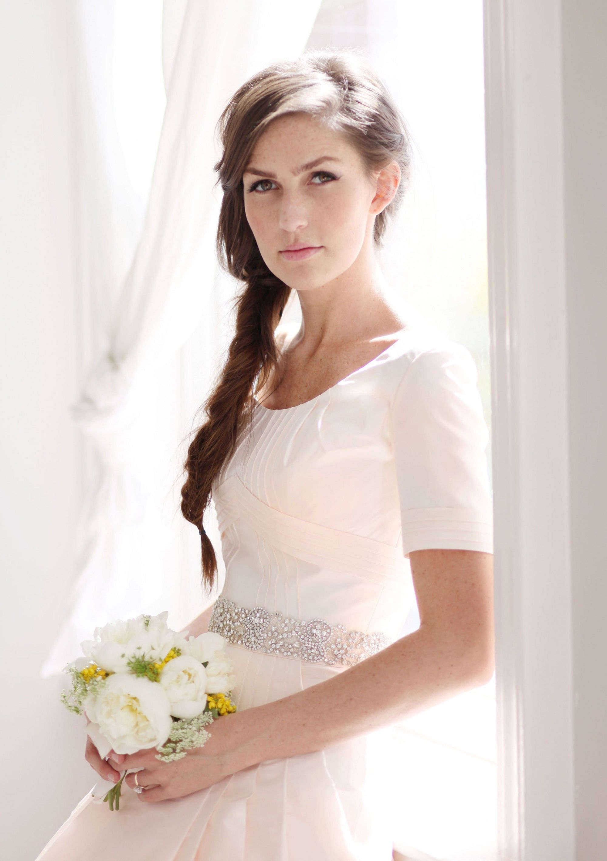 modest wedding dresses modest wedding dress anne barge modest wedding dress vintage mansion