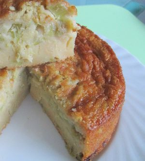 Rhabarber-Klitsch mit salziger Butter und braunem Zucker gebacken  Zwei 18er Formen, oder eine 36er