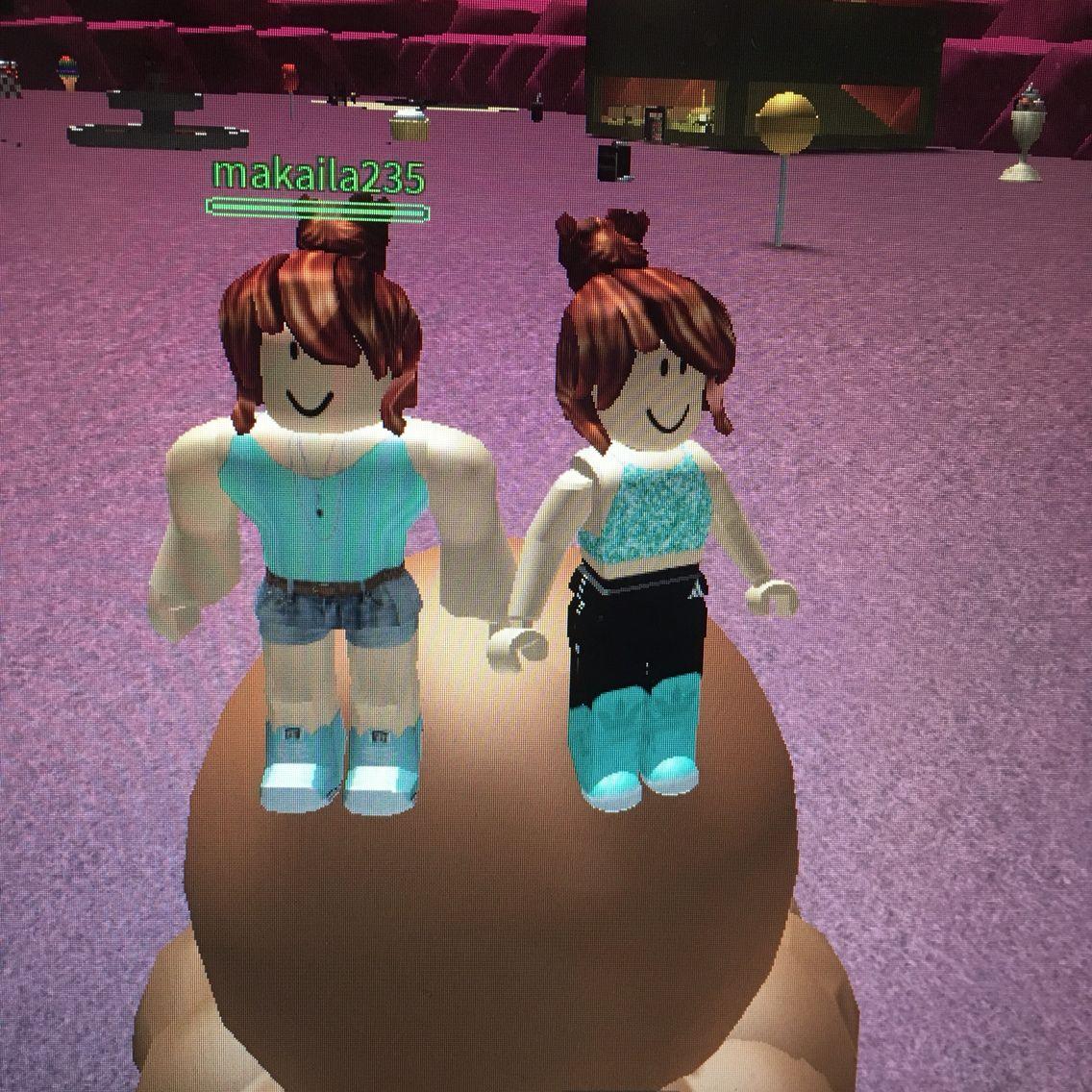 Icecreammmmmm Roblox Twins Icecream Makky Izzy Roblox
