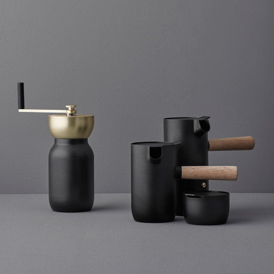 Something's Collar set encourages users to brew their own coffee