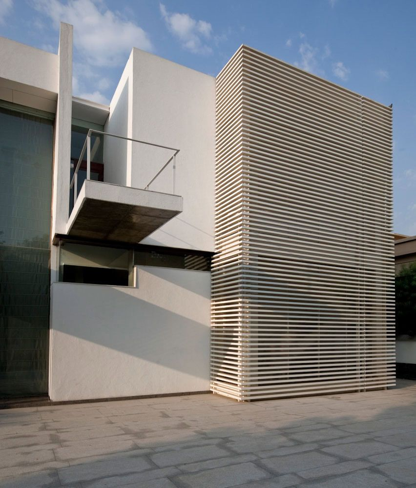 Poona house in mumbai india by rajiv saini