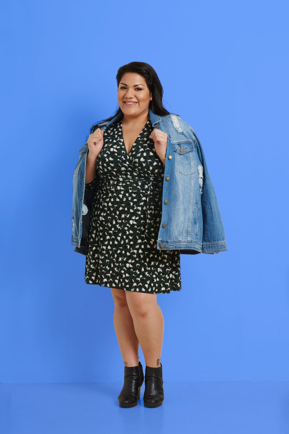 991c3b2bd59e2 An oversized denim jacket is the perfect layering piece for all seasons.   plussizefashion