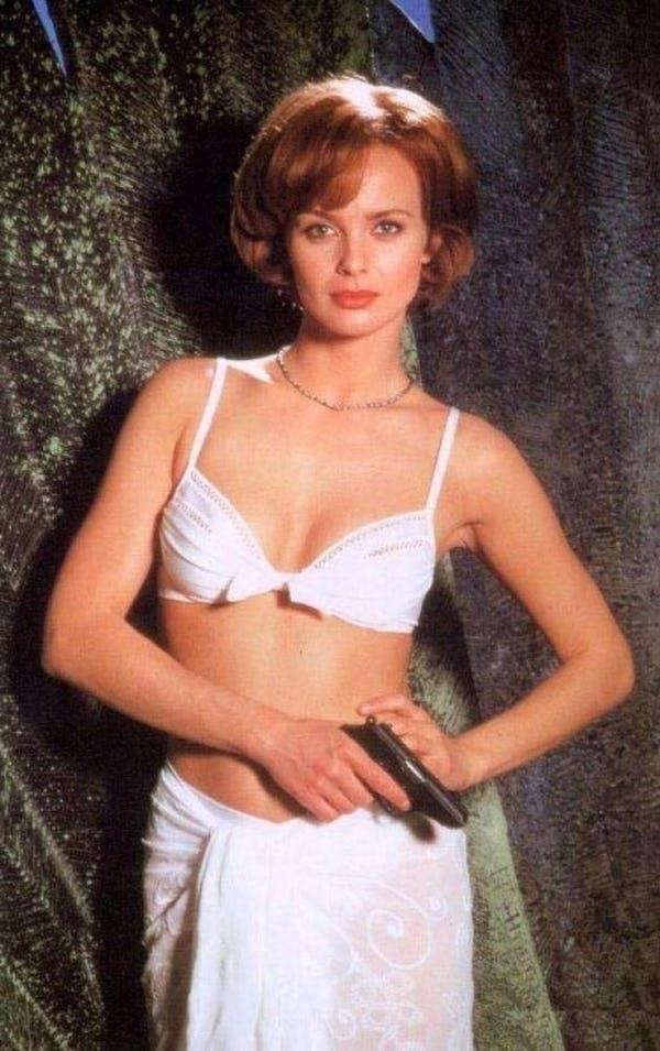 Bond girls top The 10
